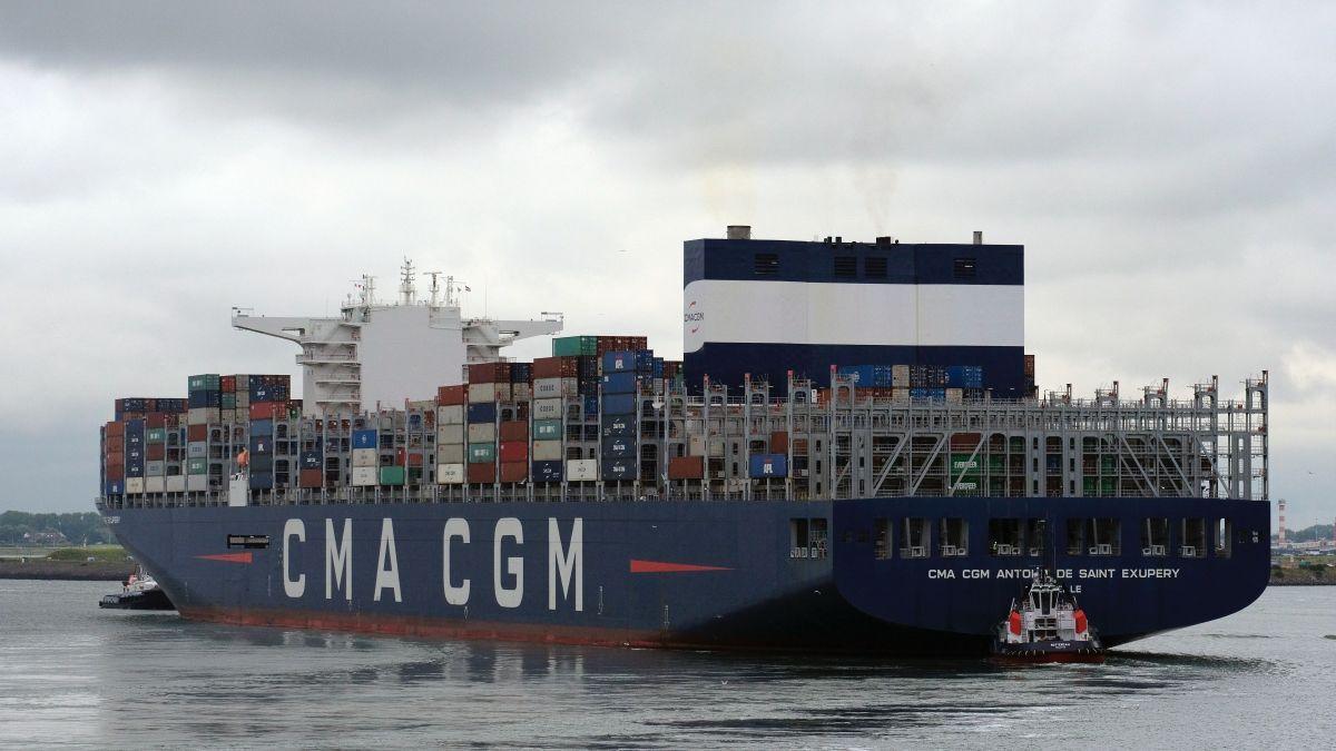 andrey-sharpilo-tugs_assist_CMA_container_ship_in_Rotterdam-_Main.jpg